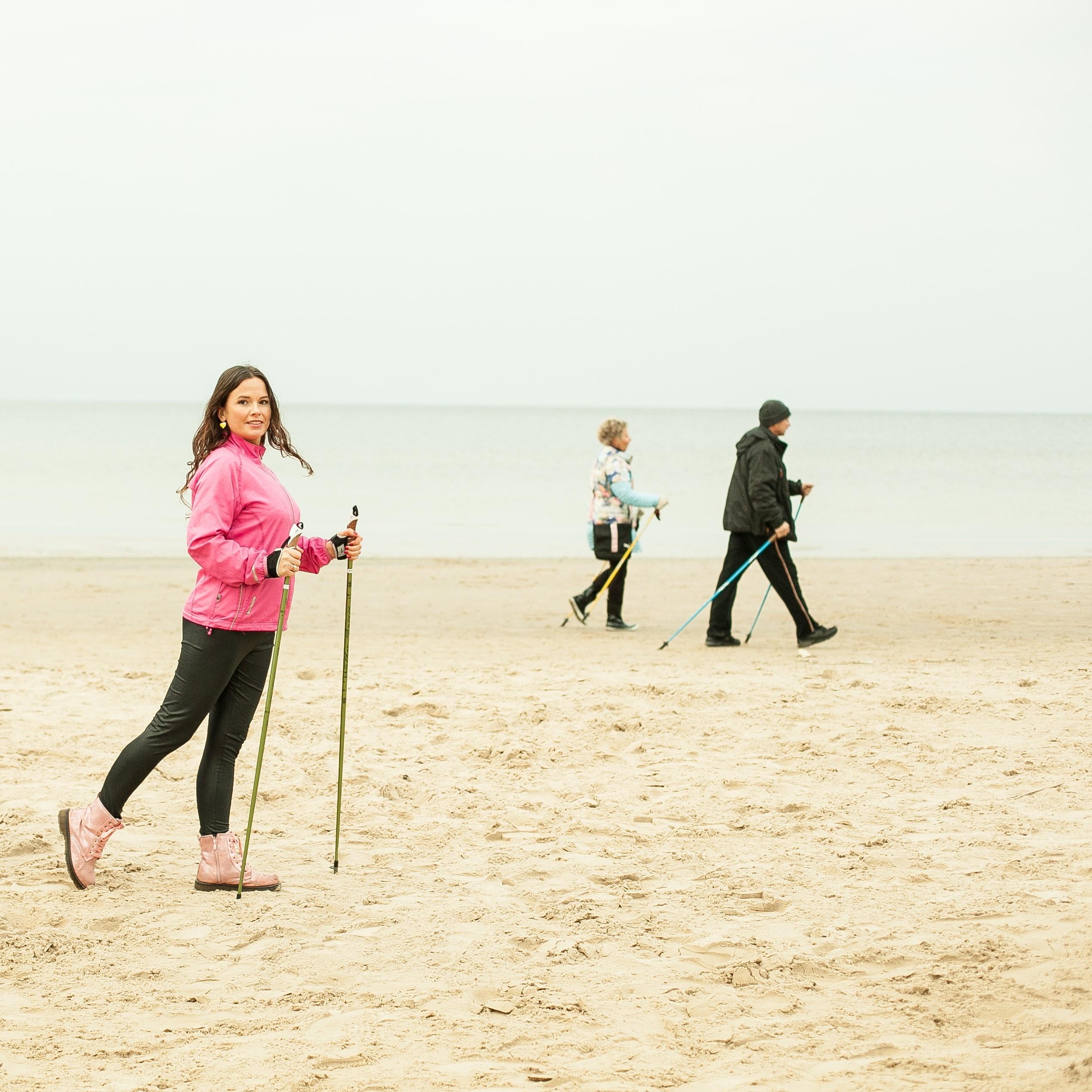 Nūjošana pludmalē