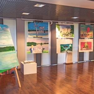 Jūrmalas Mākslas skolas izstāžu zāle