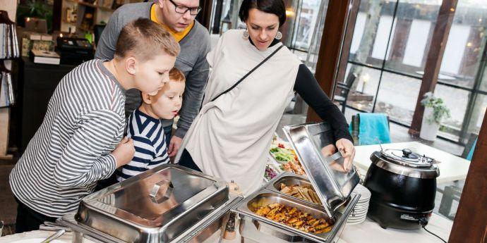 Mest populära sen frukost platser i Jurmala